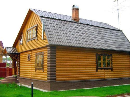 dom_iz_brusa_snarzhi_i_vnutri_01
