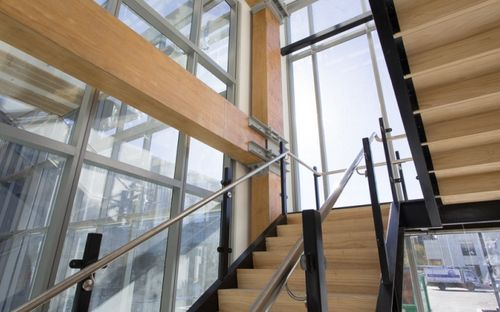 ЛВЛ-брус для изготовления лестницы